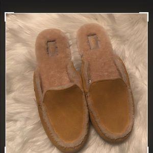 Ugg lane sunflower yellow slip on loafers size 7